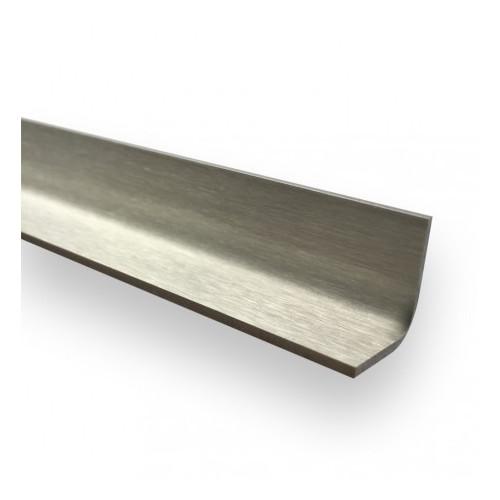 esquinera pulida en el  interior 15 mm x 15 mm- largo 1000mm